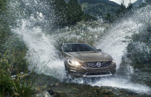 volvo-V60-CC-descent-1