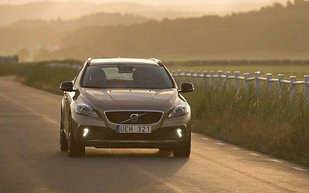 Volvo-V40_Cross_Country